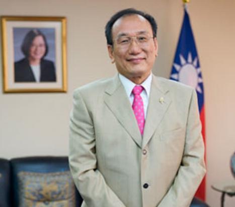 CARTA AL DIRECTOR del Embajador José María Liu, Representante, Oficina Económica y Cultural de Taipéi en España
