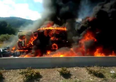 Un fallecido en el accidente de tres camiones