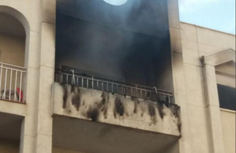 Muere un bebé de seis meses en el incendio de una vivienda en Granada