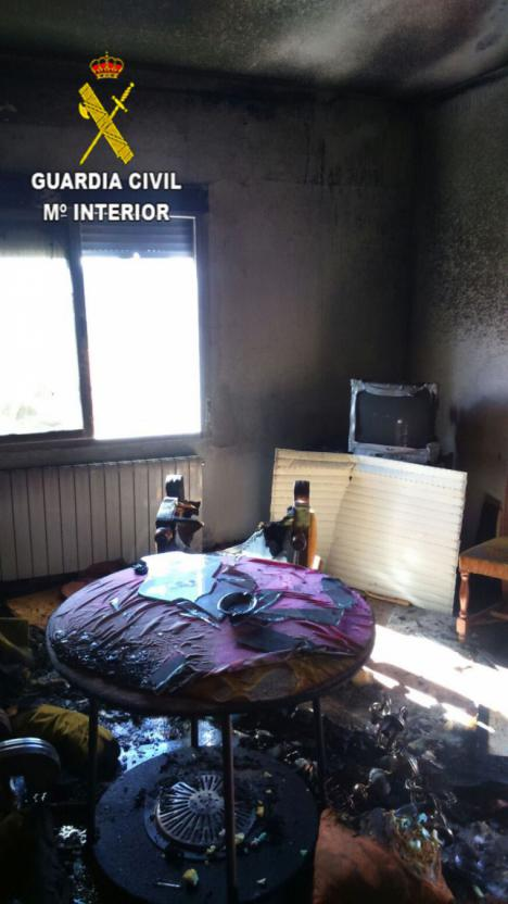 Un Guardia Civil rescata a 4 personas en un incendio