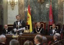 La Justicia se levanta en armas contra el intento del Govern de dividir España