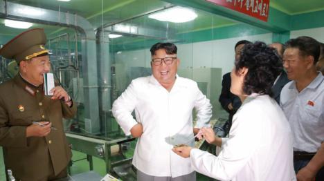 Kim Jong-un ejecuta a un general tirándolo a las pirañas según el Daily Star