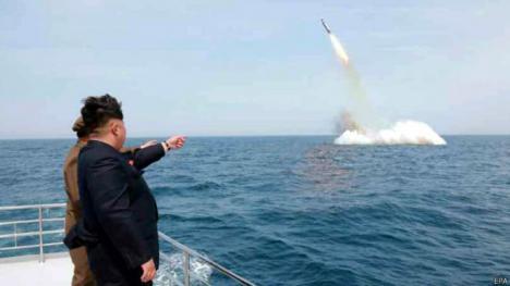 Trump planta cara a Corea del Norte.