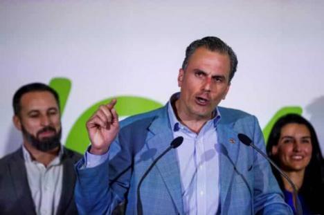 Militantes de VOX de Valencia denuncian a Ortega Smith ante la fiscalía Anticorrupción por financiación ilegal