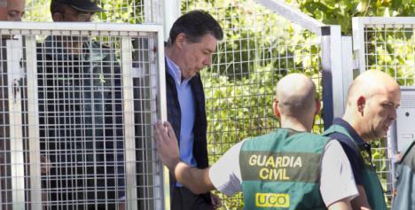 Ignacio González saldrá en libertad tras depositar familiares y amigos la fianza