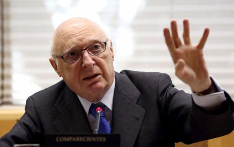 José Pedro Pérez-Llorca, uno de los padres de la Constitución, ha muerto los 78 años a causa de la enfermedad pulmonar que padecía