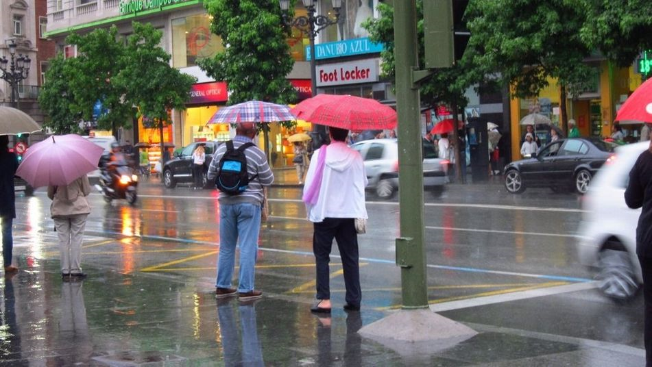 Alicante y Valencia en alerta naranja por lluvias