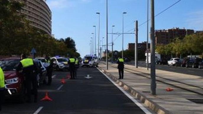 Detenido el hombre que apuñaló  a su mujer y a su hijo en la playa de San Juan de Alicante
