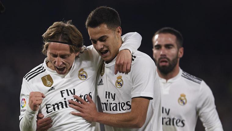Ceballos salva del desastre al Madrid