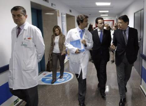 Maldita hemeroteca: A finales de 2012 el PP privatizaba 6 hospitales públicos en la Comunidad de Madrid e imponía el euro por receta