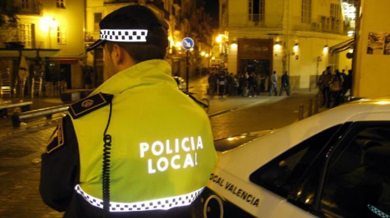 Detenido en Málaga con 13 kilos de marihuana ocultos en el coche tras intentar darse a la fuga