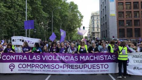 El feminismo exige en la calle al Gobierno el dinero comprometido para el pacto contra la violencia machista