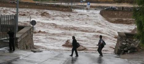 El Alcalde de Lorca recuerda a las víctimas y damnificados por la riada de 'San Wenceslao' en su octavo aniversario