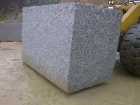 Muere un trabajador aplastado por una piedra de grandes dimensiones
