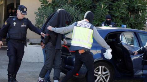 Dos marroquíes detenidos por violar a una inglesa en Playa de las Américas (Tenerife)