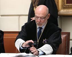 Puigdemont sera detenido el jueves si finalmente declara la independencia.