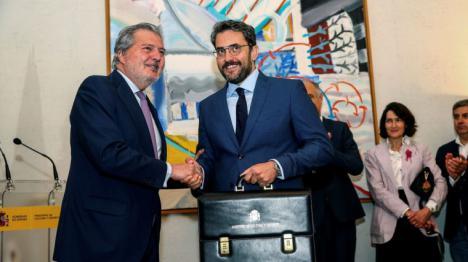 Màxim Huerta da ejemplo y anuncia su dimisión por el escándalo fiscal