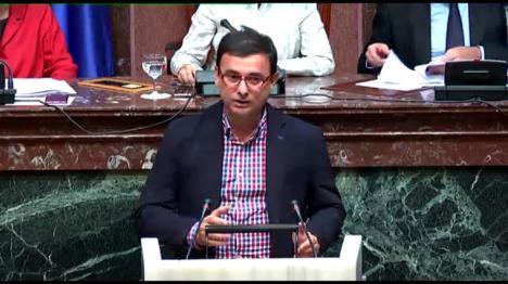 """Emilio Ivars: """"PP y Ciudadanos llegan tarde, mal y divididos al proceso de adjudicación de la televisión autonómica"""""""