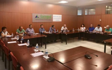 La Mesa del Agua de Almería hace balance del año hidrológico y pide más recursos en desalación, trasvases y reutilización