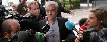 José Mourinho paga el dinero que hacienda le reclamaba.