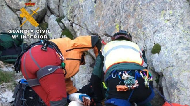 El rescate de la Guardia Civil a dos montañeros independentistas