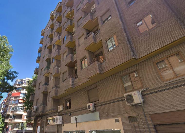 Una mujer se suicida tirándose de su piso en Madrid cuando iba a ser desahuciada