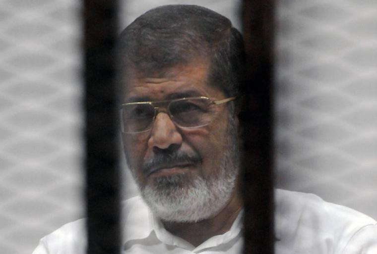 Muere el expresidente egipcio, Mohamed Mursi al desmayarse durante un juicio