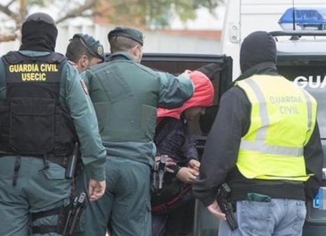 Un agente de la Guardia Civil detenido en Sevilla por narcotráfico