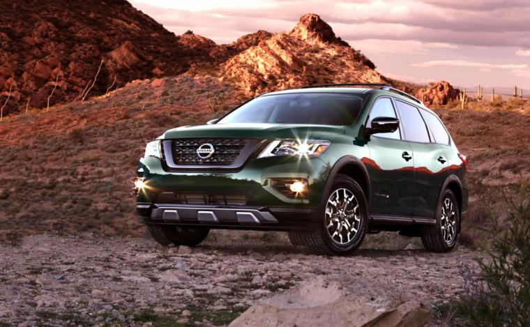 Nissan Pathfinder Rock con un aspecto más aventurero