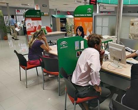CSIF demanda que se refuerce la seguridad en las 13 oficinas del SAE en la provincia ante la incorporación presencial de sus empleados