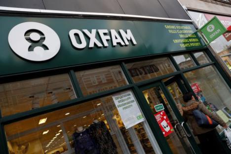 La Comunidad Económica Europea estudia congelar las ayudas a Oxfam