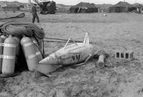 Mientras militares retirados de EEUU piden ser indemnizados por la radiación de Palomares, aquí sigue sin retirarse la tierra radiactiva.