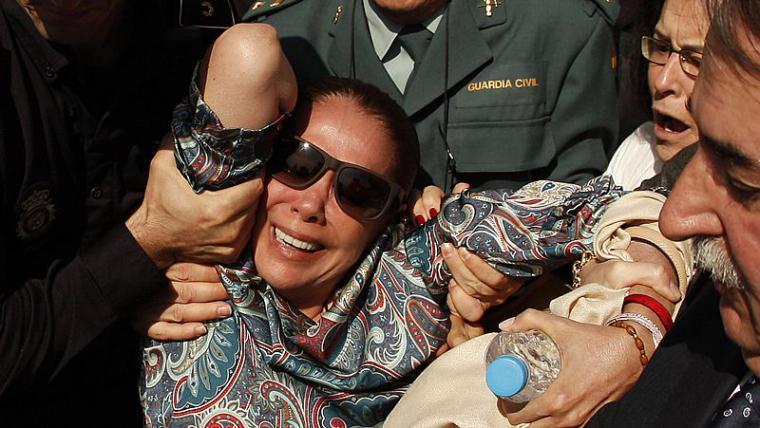 Isabel Pantoja ha tenido que ser atendida por la Guardia Civil en un centro comercial