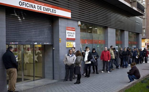 El descenso del paro se ralentiza en la provincia influenciado por los efectos nacionales de la crisis económica, según CSIF