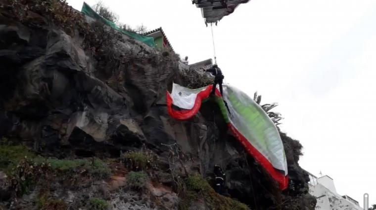 Rescatado en Alicante un parapentista albaceteño a más de 100 metros del suelo