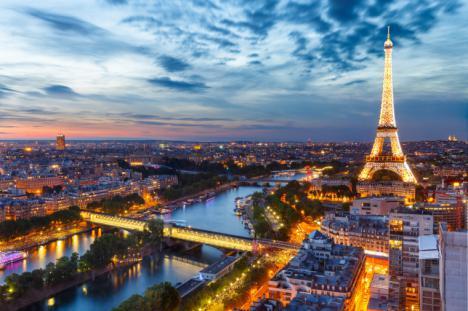 Encuentran la mochila, con el móvil y el ordenador de la joven de 22 años desaparecida en París