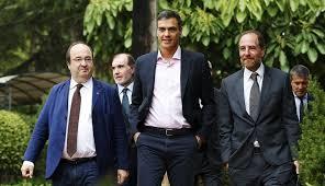 Pedro Sánchez pone la primera piedra para buscar una solución política en Cataluña