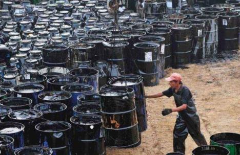 El precio del petróleo, por los suelos