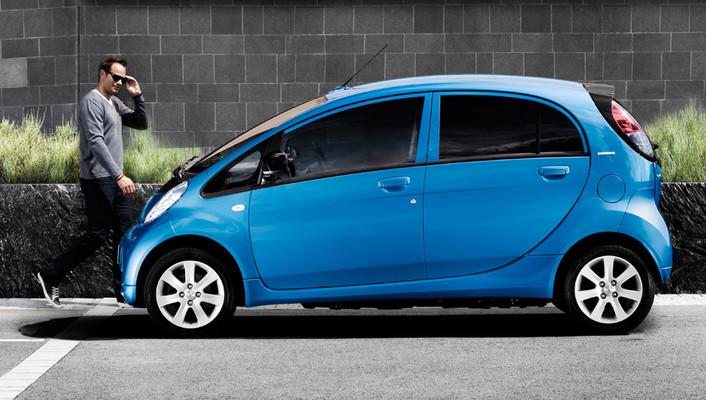 ION cinco puertas de Peugeot