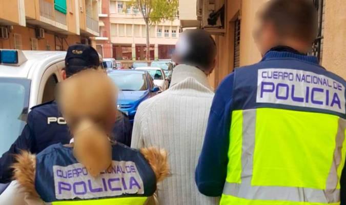 Un hombre ha sido detenido en Valencia por pegar a su pareja embarazada, a la que arrojó leche hirviendo