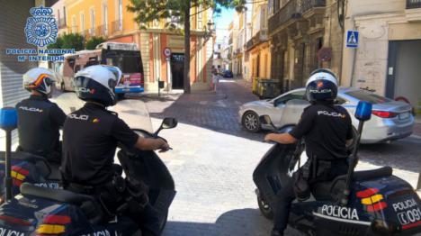 Un hombre ha sido detenido después de herir con un cuchillo a un taxista cuando intentaba atracarle