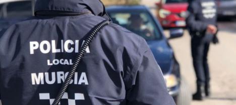 Recorre Sangonera armado con varias armas amenazando a su ex-mujer