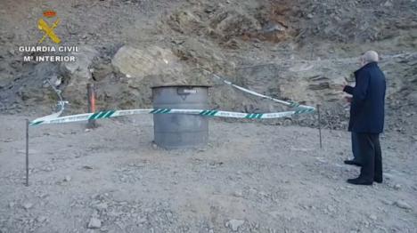 La Guardia Civil se centra en averiguar por qué el cuerpo del niño estaba cubierto de tierra