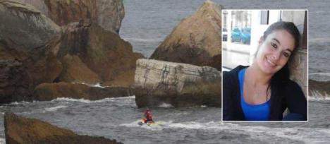 Un helicóptero de Bomberos y el de la Guardia Civil rastrearán la costa en busca de Dévora Salas, que cayó al mar en Castrillón