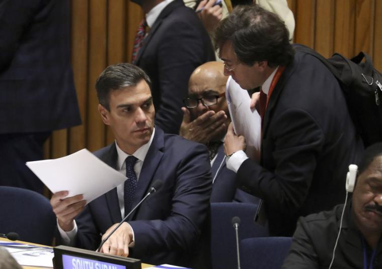 Villarejo chantajea a Pedro Sánchez