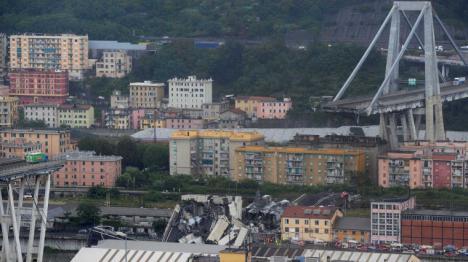Decenas de muertos por el derrumbe de un viaducto en Génova