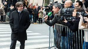 Puigdemont, ya está en España según un pasajero que dice haberlo visto en su avión