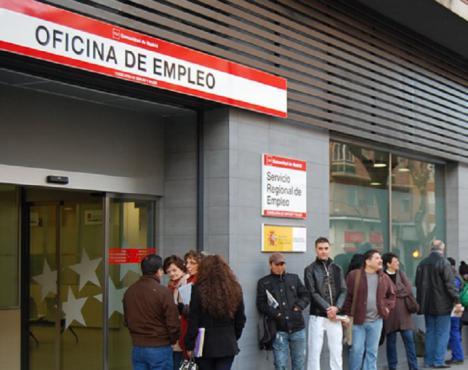 El SEPE gestiona en Almería un 327 por ciento de expedientes más que en 2019 con un incremento de plantilla de menos de un 15 por ciento