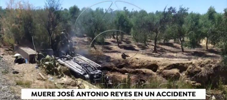 Muere el jugador de futbol José Antonio Reyes en un accidente de tráfico, todo apunta a un exceso de velocidad