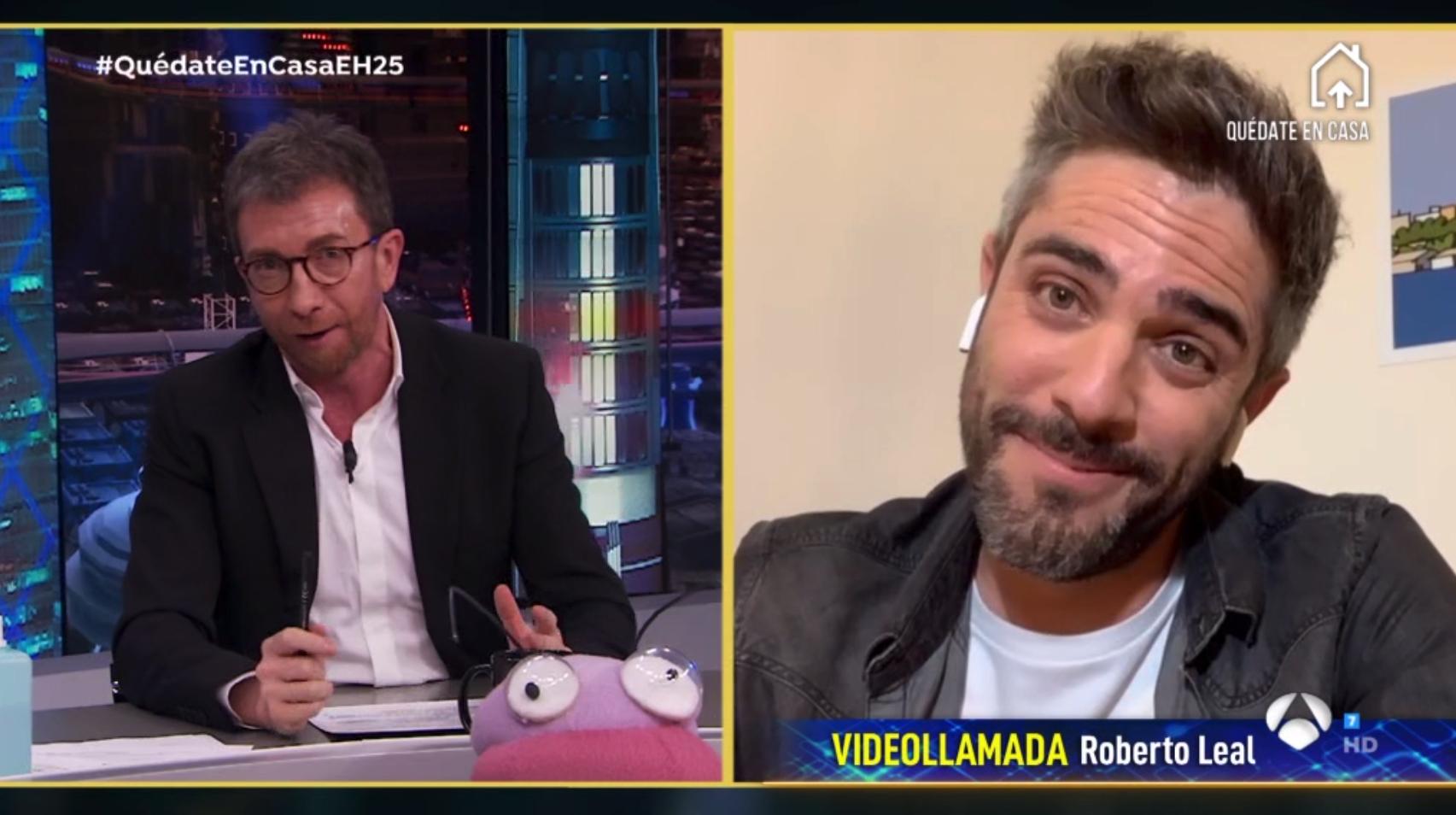 Pablo Motos se mofa del acento andaluz durante su entrevista a Roberto Leal